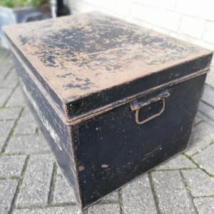 Large Antique Metal Deed Box thumbnail