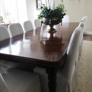 Victorian Mahogany Extendable Table with 12 Chairs thumbnail